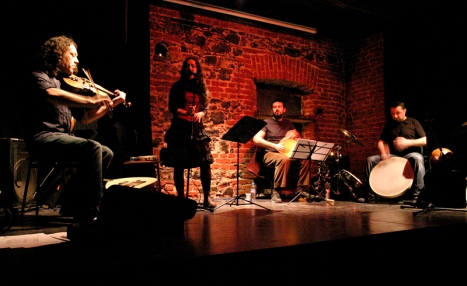 astrakan project live with percussions
