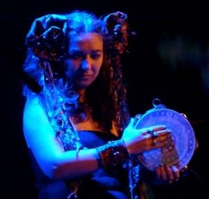 Simone Alves / Astrakan Project / Lessines / Tambourine Blue Girl