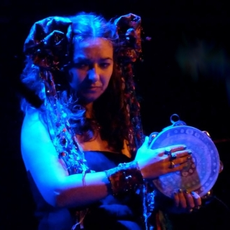 Simone Alves / Astrakan Project / Lessines / Tambourine Blue Girl