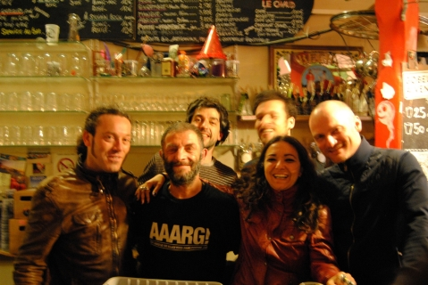 Astrakan Project world celtic music in Marseille Equitable Café / Simone Alves and Yann Gourvil