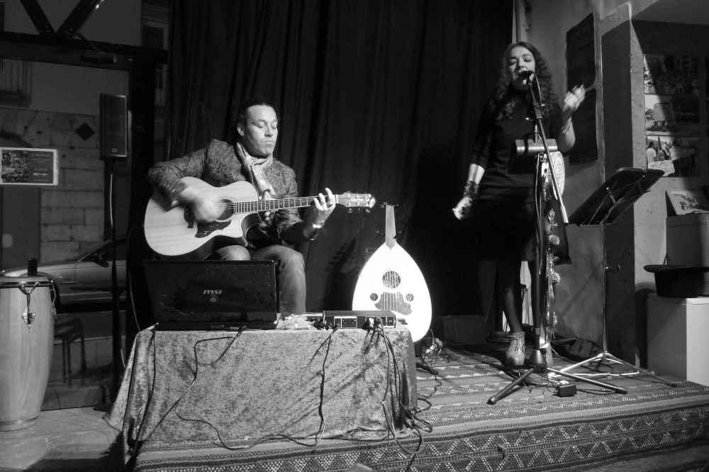 Simone Alves / Yann Gourvil / astrakan project Grenoble concert Le Karkadé mars 2014 musique bretonne